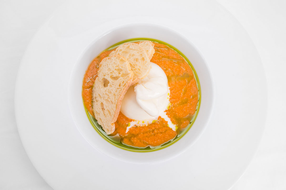 Burrata with tomato coulis, basil pesto and croutons