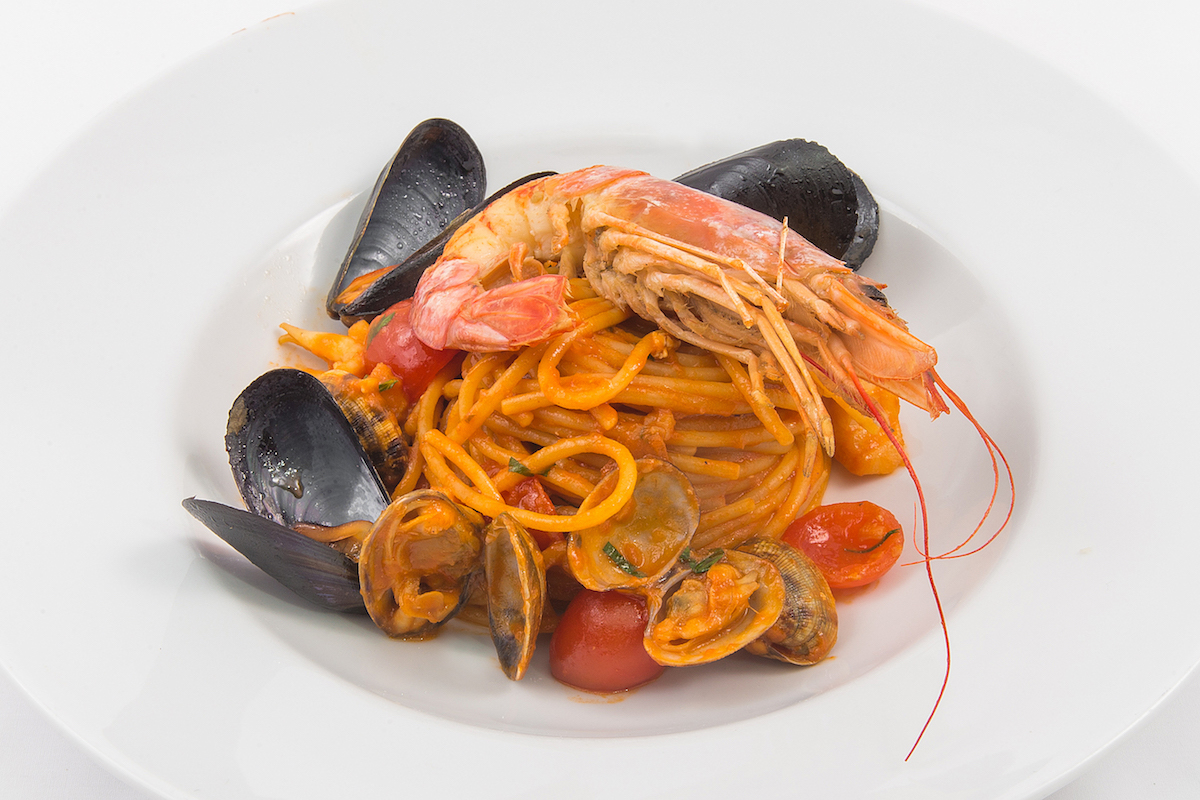 Spaghetti with seafood in tomato sauce